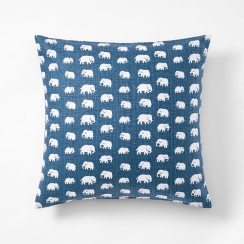 Elefant storm 50x50