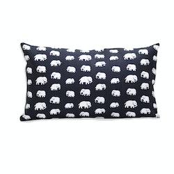 Elephant (black) 30x50
