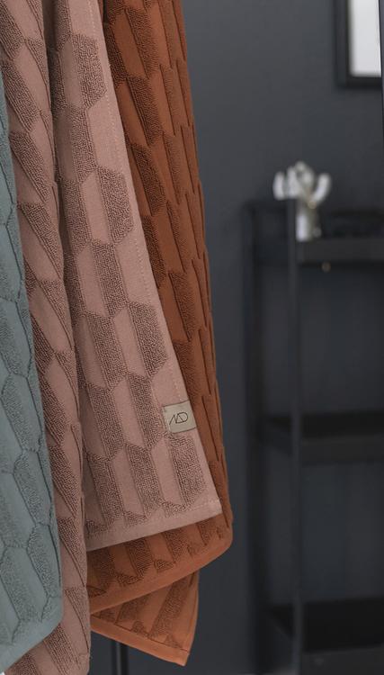 Handduk GEO, 70x133 cm, rust, blush, Mette Ditmer