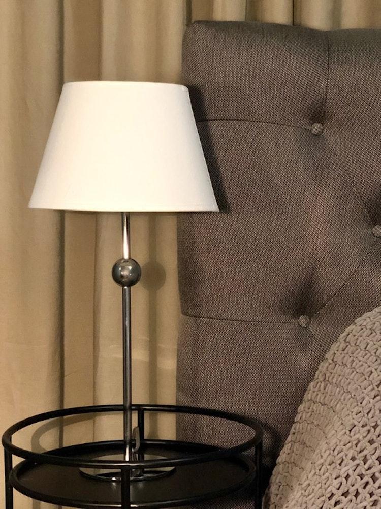 Lampfot Astrid i krom, Globen lighting