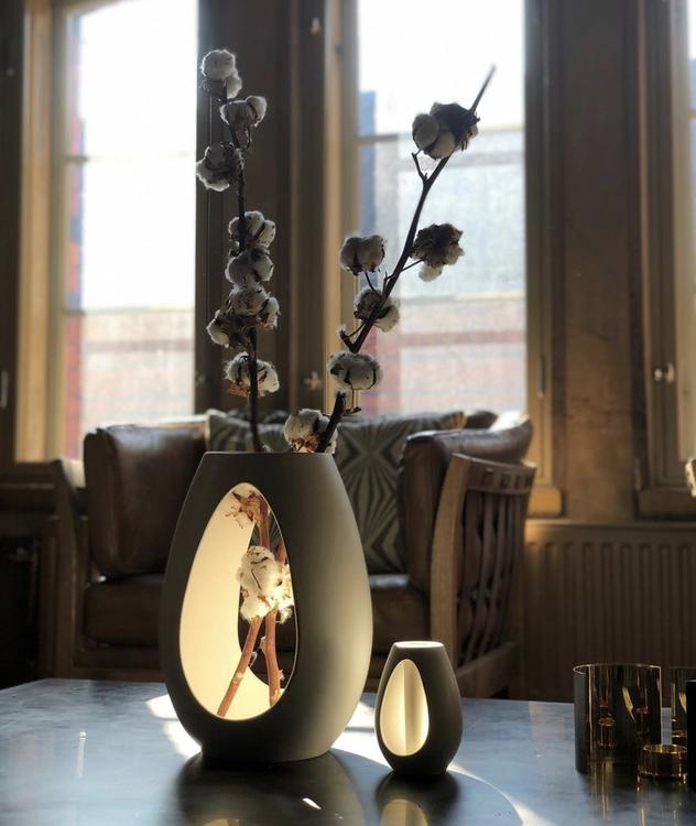 Vas Kokong, vit 22 cm, design Bernadotte & Kylberg, Kähler