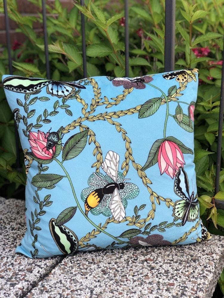 Kuddfodral Bugs & Butterflies turkos, Nadja Wedin design