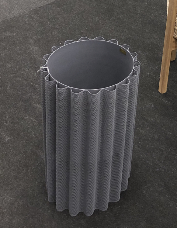 Golvkruka i metall, grå, höjd 45 cm, Hübsch