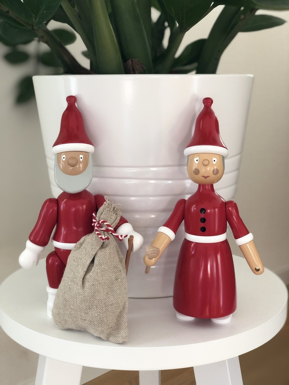 Kay Bojesen tomtemor i målad bok, 20 cm, Kay Bojesen jultomte i målad bok