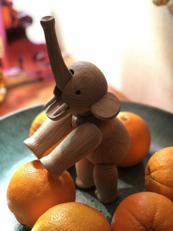 Kay Bojesen, elefant liten, ek, träfigur, Bitz fat 40 cm