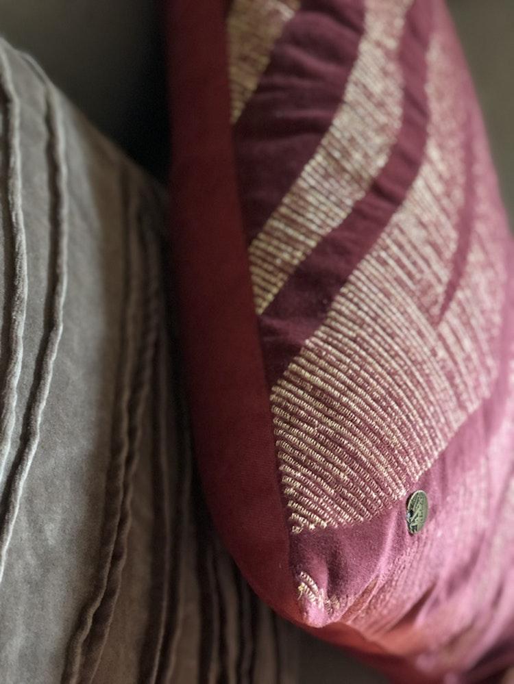 Kuddfodral Treasures, Jakobsdals textil, 40x60 cm, kuddfodral Traces 50x50 cm