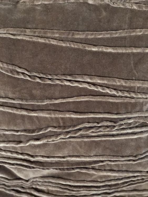 Kuddfodral Traces, grå, Jakobsdals textil, 50x50 cm