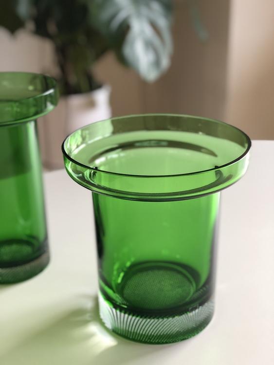 Limelight tulpanvas, äppelgrön, Kosta Boda