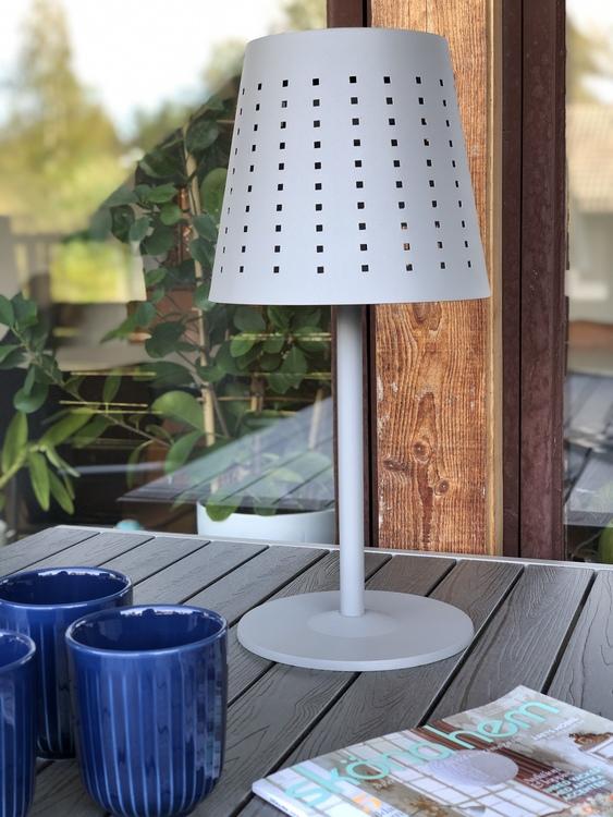 Utomhuslampa Alvar, grå metall, 48 cm, solcellslampa, Hammershøi kopp 30 cl, indigo, Kähler