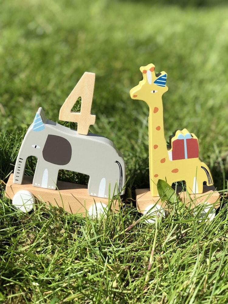Födelsedagståg gjord i trä, djur, Bloomingville, födelsedagssiffra