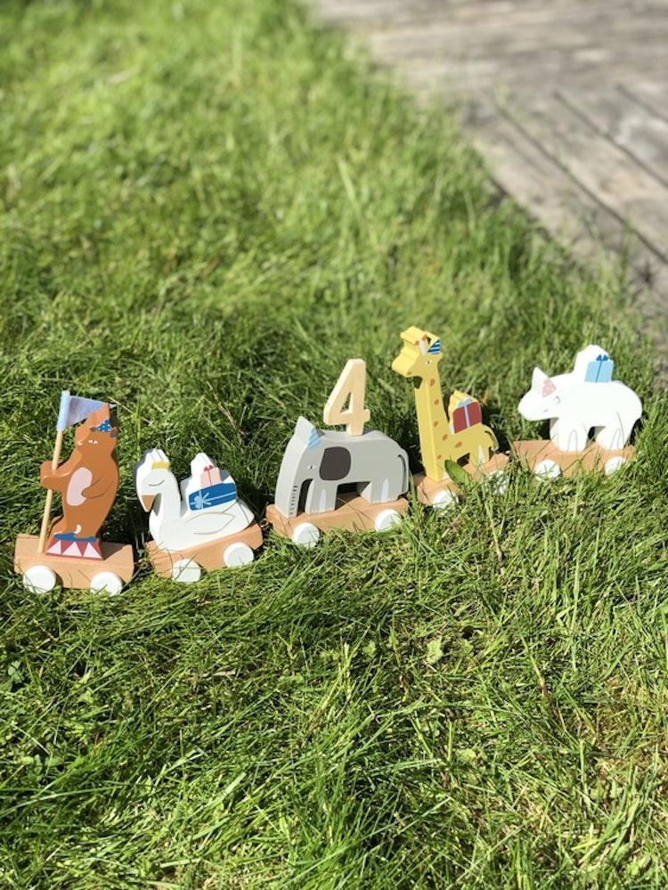 Födelsedagståg gjord i trä, djur, Bloomingville