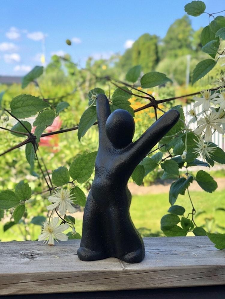 Skulptur, gjutjärn, Morsø, Du fixade det! Passa nu på att verkligen njuta!