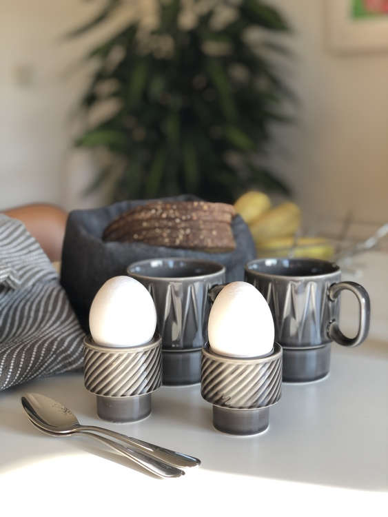 Coffee & More ljus/äggkopp, grå, Sagaform, grå kaffemugg