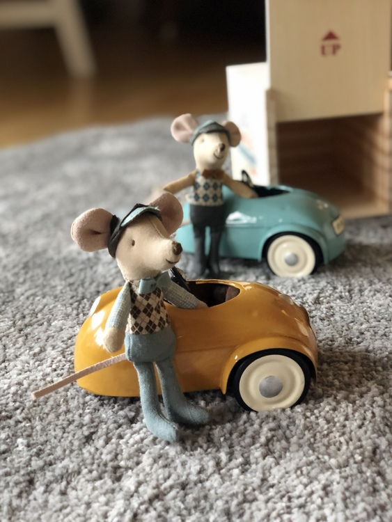 Mus, bil och garage, gul, Maileg