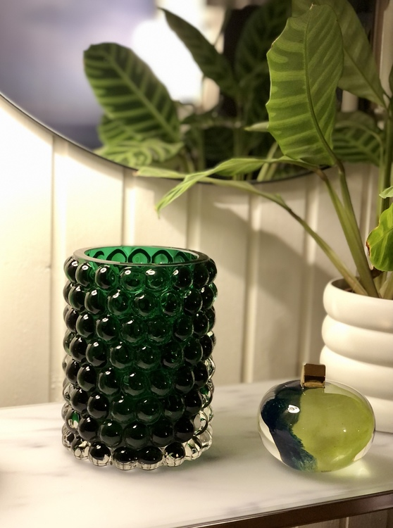 Skulptur Earth home, Kosta Boda, Hurricane Lamp Boule Large green