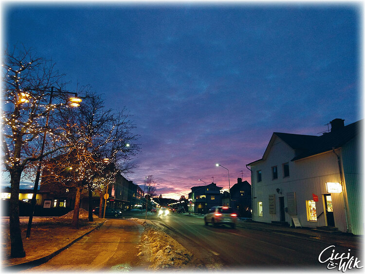 Storgatan med vinterhimmel foto Cicci Wik