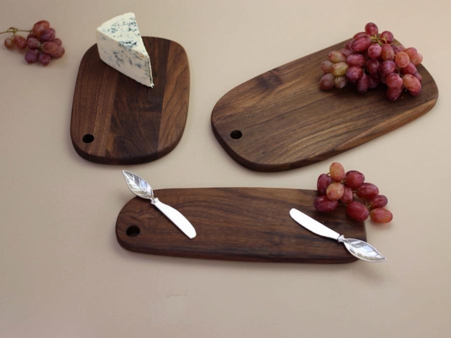 Leaf Spreader x4. Smör eller syltknivar i rostfritt stål med löv motiv. Set om fyra stycken. 12 cm. The Arni Concept.