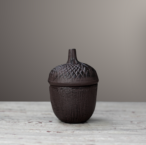 Acorn Frej, Cast Iron
