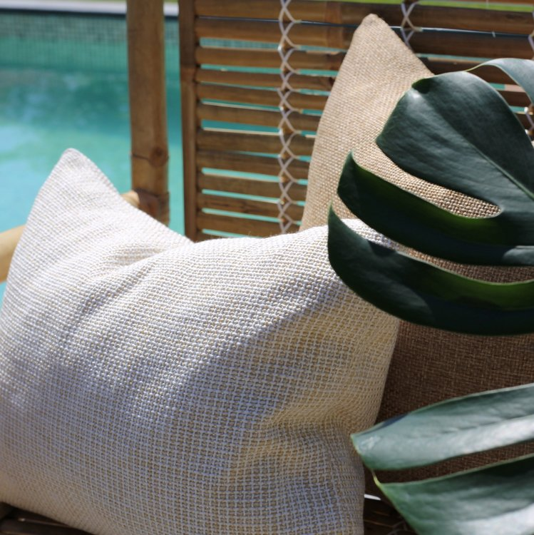 Armchair, Bamboo. 53 x 63, H 84cm. Stol i bambu för inomhus och utomhusbruk. The Arni Concept