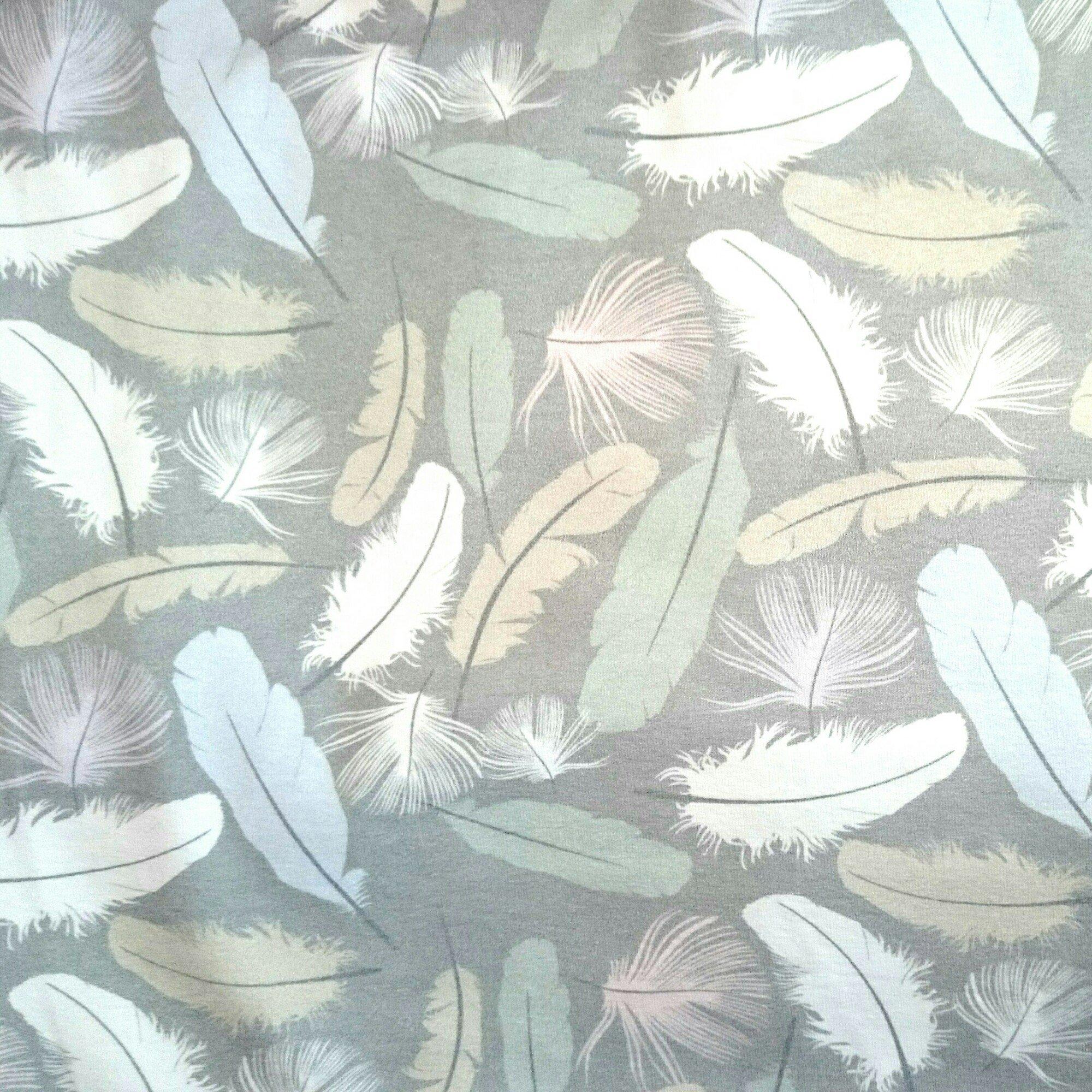Fjädrar Grå