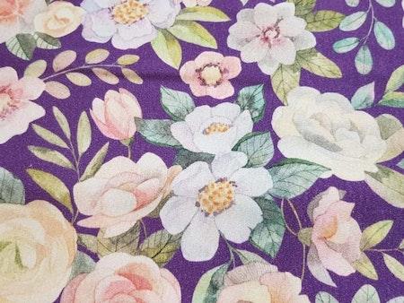 Blommor lila