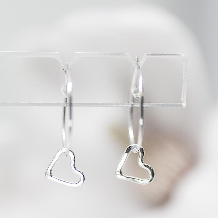 MINNA earring hanging