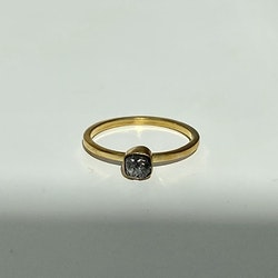 DIAMANT RING I MÄSSING