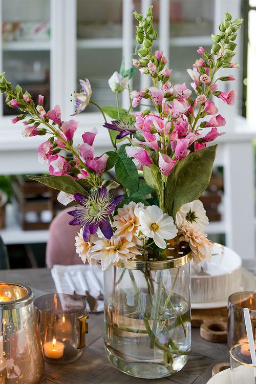 RM Flower Styling Vas