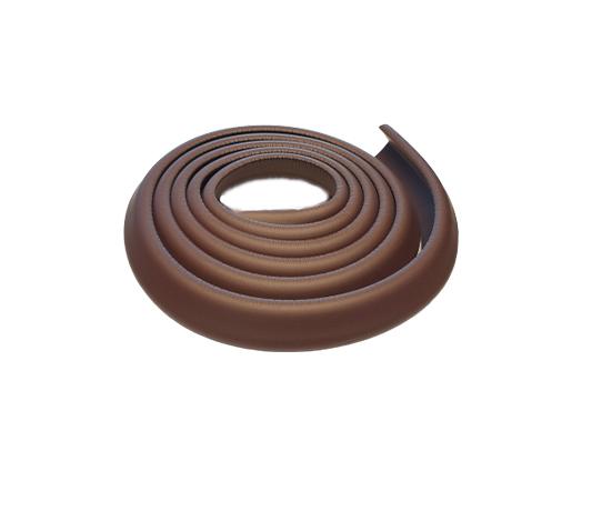 Smalt kantskydd till bord och kanter i färgen brun