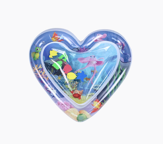 Lekmatta med vatten i forma av ett hjärta