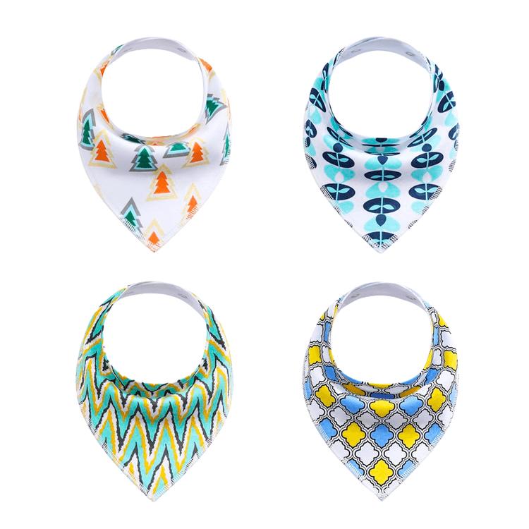 Fyra dregglisar med olika färgglada mönster