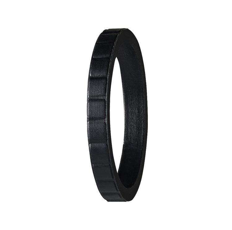 Silikonring från PACT Rings. En ring som är perfekt att träna. Träningsringen. En vigselring i silikon. En förlovningsring för träning, gjord i silikon.