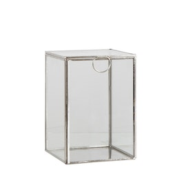 Vera glass box, Affari