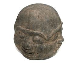 Buddhahuvud i sten, fyra ansikten