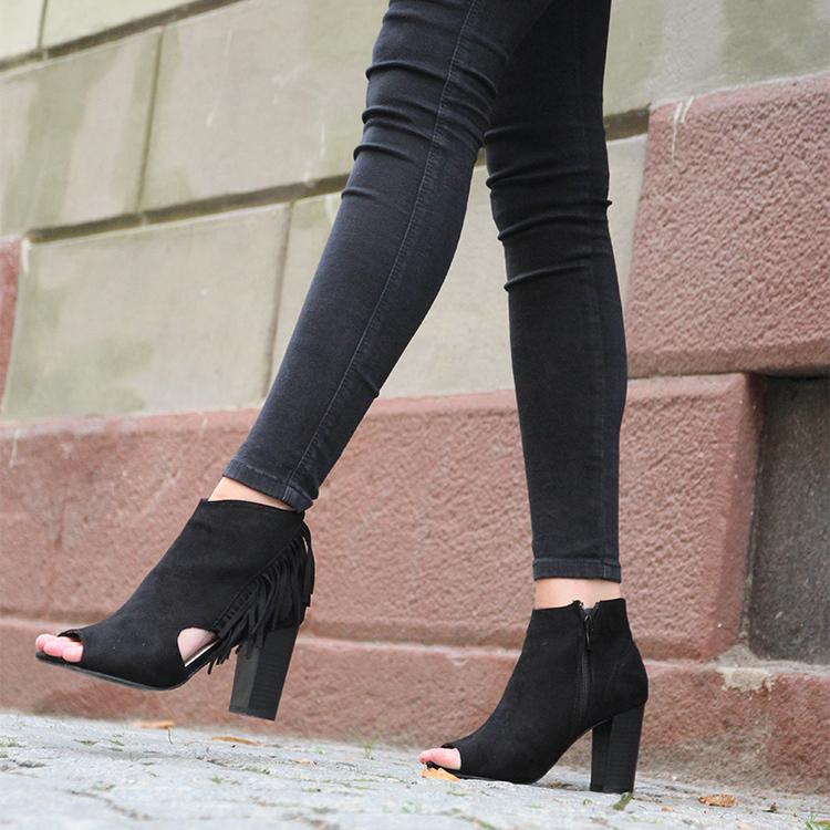 Footloop - Cate Milly Heels in Black