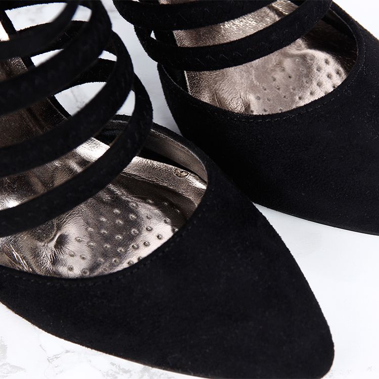 women lotus heels in black