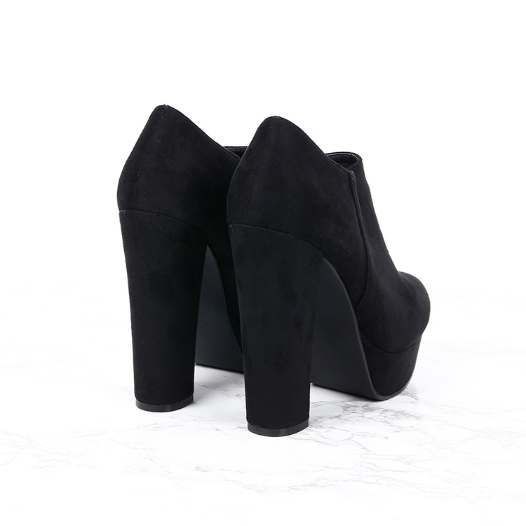 women cate milly heels in black