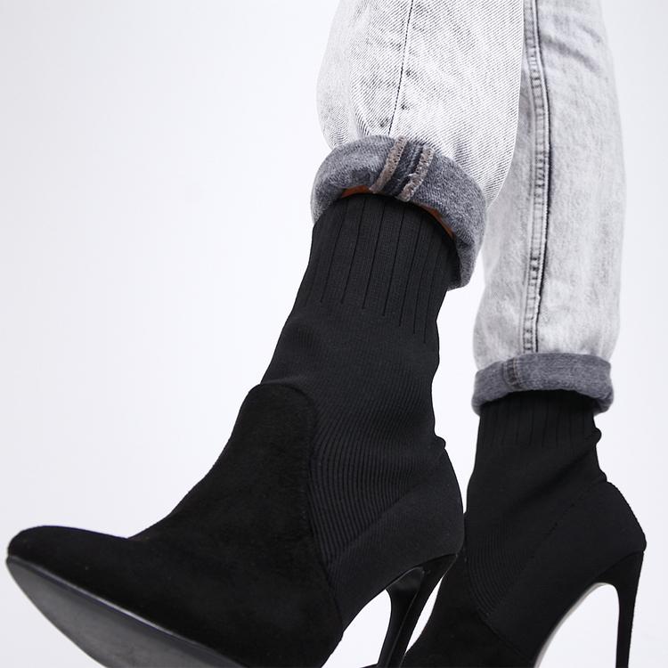 Footloop - women high heels in black