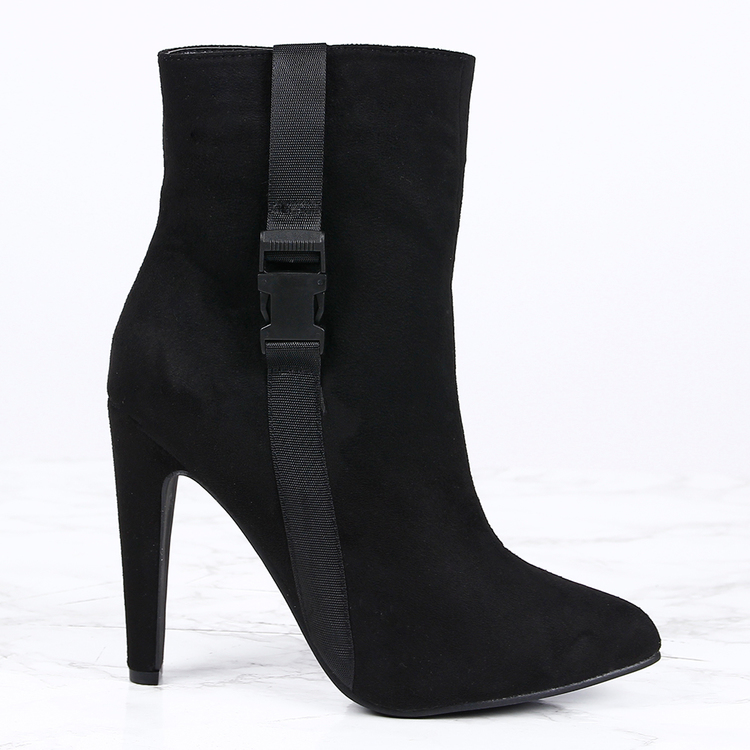 women high heels in black