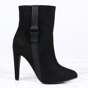 Footloop - women high heels in black