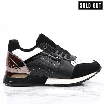 women sneakers sara in black
