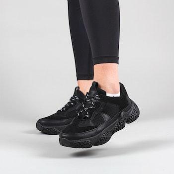 Chunky sneakers Zobia i svart