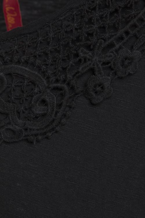 Vacker svart trikåblus 44580 från Ewa i Walla, med lång ärm.