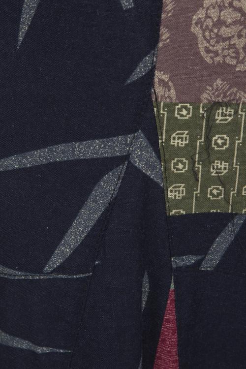 Ärmlös linneklänning med tryckt mönster