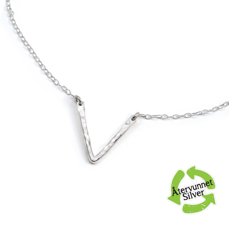 REA Kort Silverhalsband med V,  Återvunnet Sterling Silver