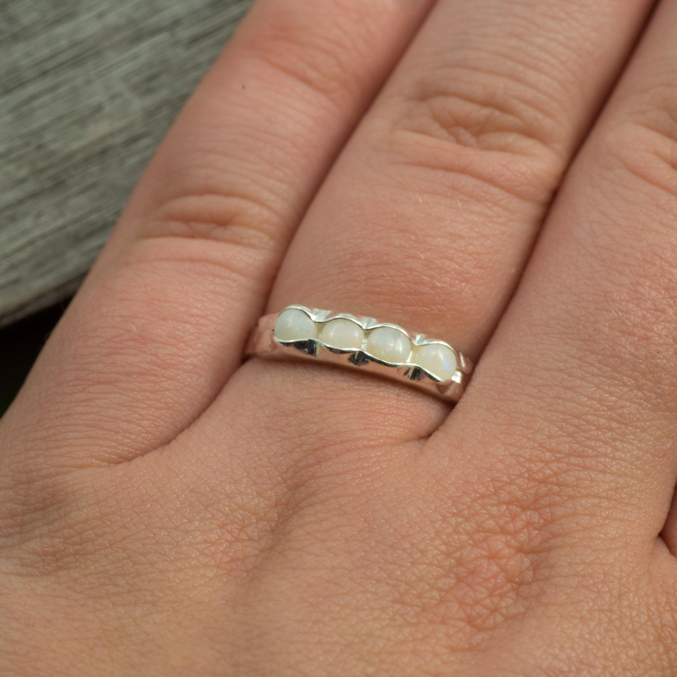 REA Ring med Fyra Opaler Sterling Silver,  Storlek 18