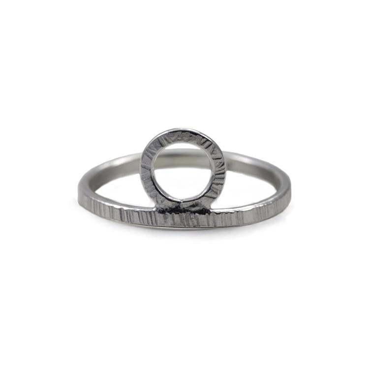 Bark - Ring med Krona i Återvunnet Silver