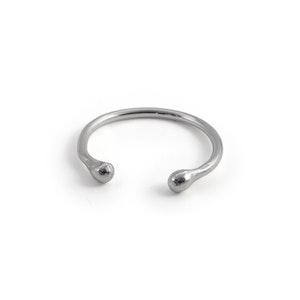 Droppar - Justerbar Ring i Återvunnet Silver
