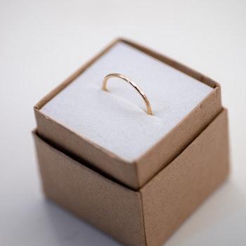 18k Återvunnet Guld Tunn Ring 1,2 mm Rödguld
