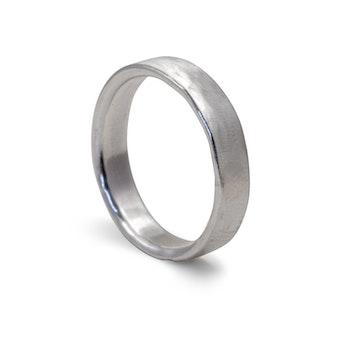 Ring Matt 4,5 mm i Återvunnet Silver